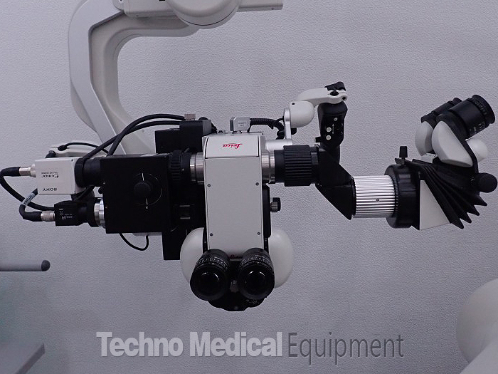 used-leica-M720-OH-5-Surgical-microscope-foot-switch.jpg